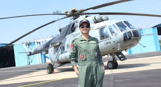 Skillful women power in the skies: Hina became the first Indian woman Flight Engineer