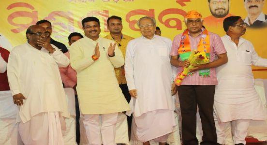 Strategic move in Odisha: BJP fields Odisha's ex-head of CRPF Prakash Mishra from Cuttack