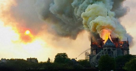 To bring back glory, UNESCO extends the help to reconstruct Notre Dome post blaze