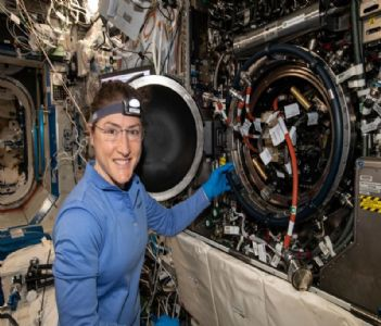 Conquering Space! NASA astronaut to set record for longest Spaceflight by a woman