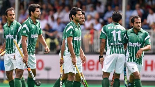 Diving in stack of loans; how will cash strapped Pakistan repay fine imposed by International Hockey Federation?