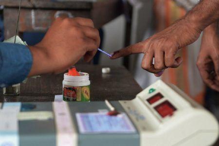 India enjoying #DeshKaMahaTyohar phase 2 voting today