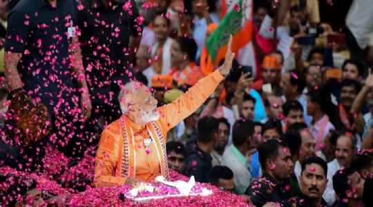 Modi magic engulfs entire India; winning with huge majority every Indian says #ModiAaGaya