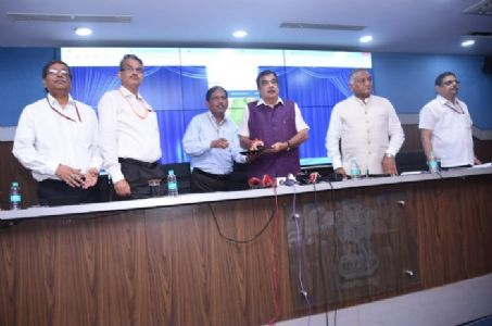 Initiating steps towards new 'Road Safety' era! Nitin Gadkari launches new website of MORTH