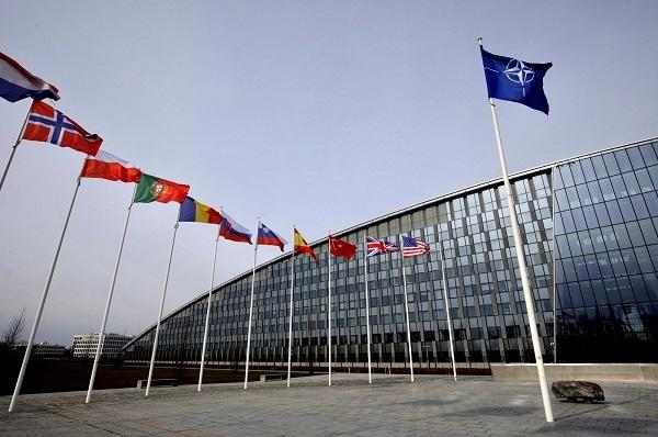 NATO_1H x W: