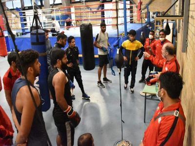 Eyeing for Olympic quota, Indian boxing team resumes training in Italy