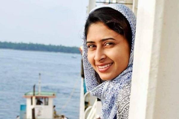 filmmaker Sultana,_1